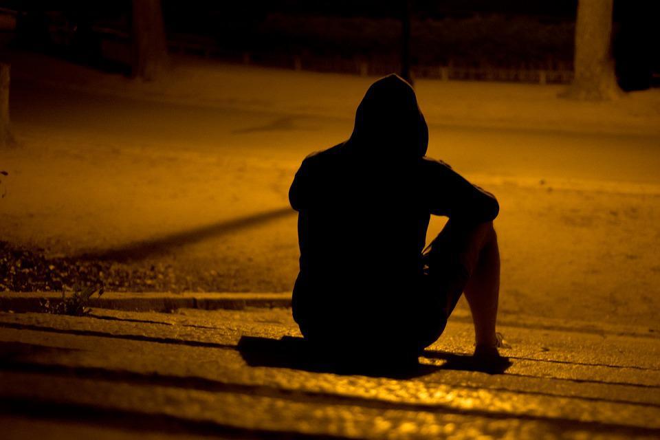 Почему мы чувствуем одиночество