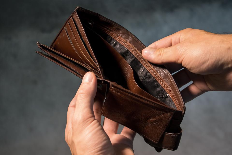 Как научиться экономить при маленькой зарплате